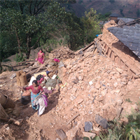 Help rebuild the village Khalte in Nepal